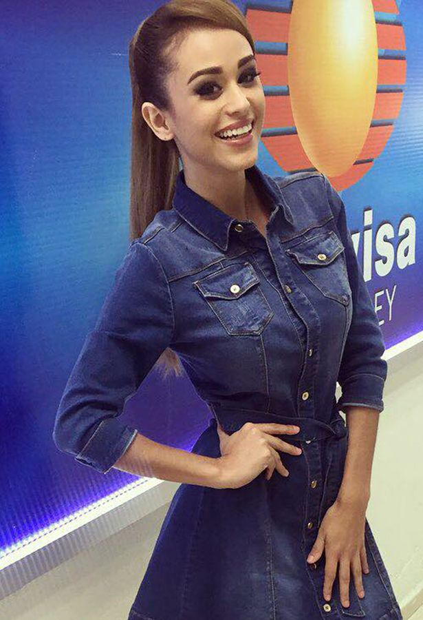 Yanet Garcia Before And After photo 27