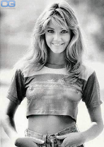 Heather Locklear Fappening photo 12